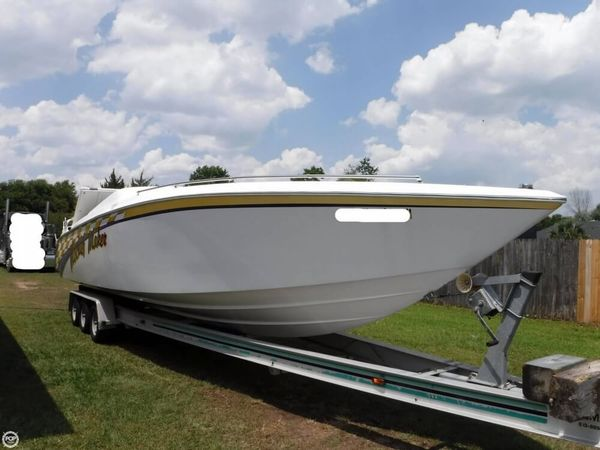 Used Donzi Z33 Crossbow High Performance Boat For Sale