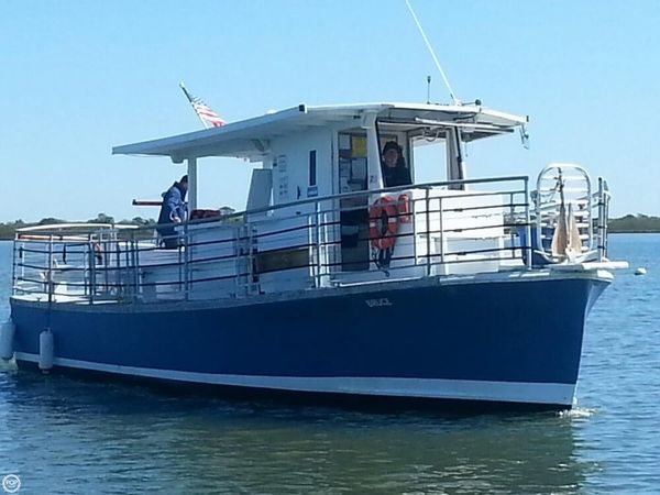 Used Uniflite 40 Passenger Boat For Sale