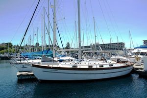 Used Union 36 Cruiser Sailboat For Sale