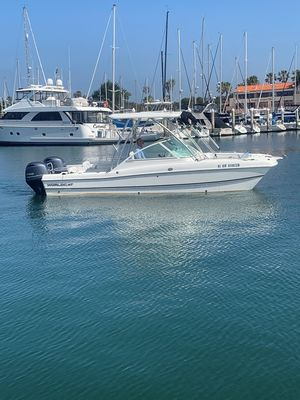 Used World Cat 230dc Power Catamaran Boat For Sale