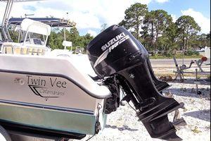 Used Twin Vee 22 CC Power Catamaran Boat For Sale
