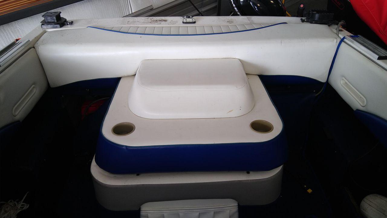 1998 Used Bayliner Capri 20 Cuddy Cabin Boat For Sale