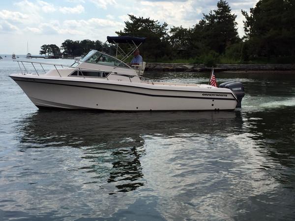 Used Gradywhite 272 Sailfish WA Express Cruiser Boat For Sale