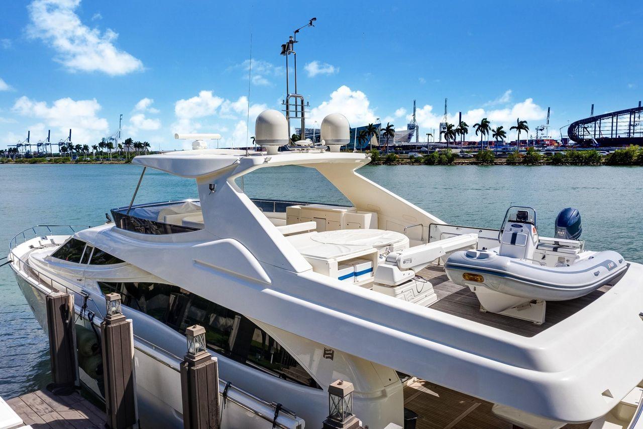2009 Used Ferretti Yachts Mega Yacht For Sale - $2,195,000 - Miami