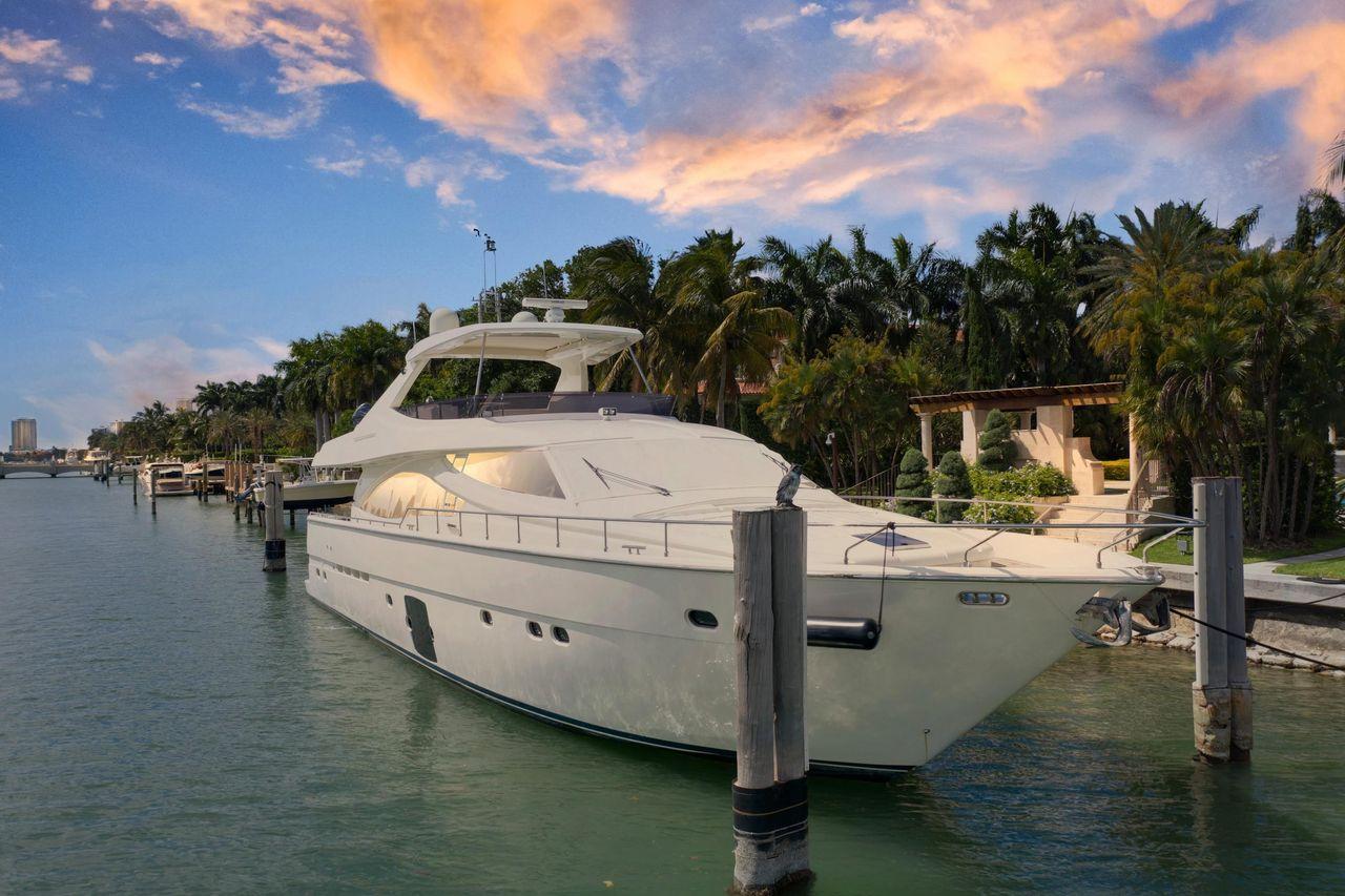 2009 Used Ferretti Yachts Mega Yacht For Sale - $2,195,000