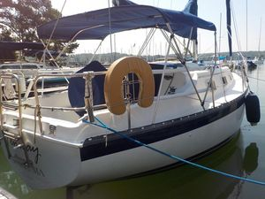 Used Hunter 27 Cruiser Sailboat For Sale