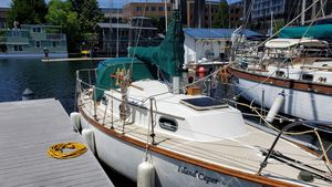 Used Cape Dory 27 Cruiser Sailboat For Sale