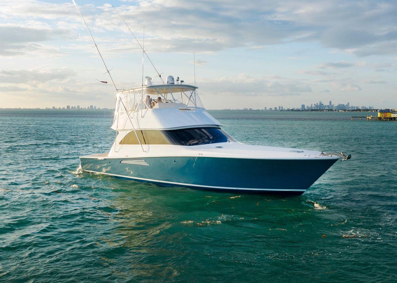 2004 Used Viking Sportfish 52 Motor Yacht For Sale