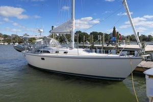 Used Catalina 36 MKII Air & Wing Cruiser Sailboat For Sale