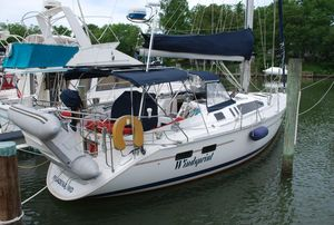 Used Hunter 40.5 Cruiser Sailboat For Sale