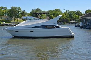Used Carver 350/360 Mariner Motor Yacht For Sale