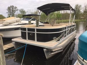 Used Crest 210 Classic Pontoon Boat For Sale