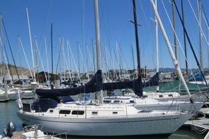 Used Cal 39 MK III Cruiser Sailboat For Sale