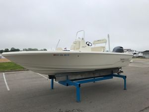 Used Pathfinder 2005 TRS Center Console Fishing Boat For Sale
