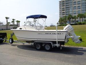 Used Sea Hunt 215 Victory Sports Fishing Boat For Sale
