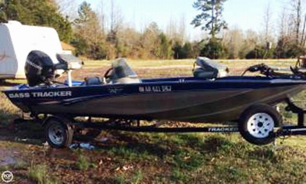 Used Tracker Pro Team 175 TF Bass Boat For Sale