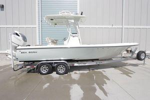 New Sea Born FX25 Bay Center Console Fishing Boat For Sale