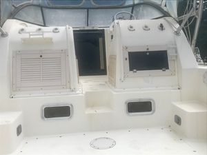 Used Mako 290 Express Cruiser Boat For Sale
