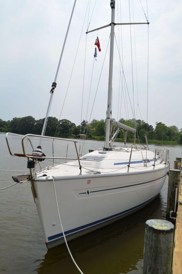 Used Bavaria 32 Cruiser Sailboat For Sale