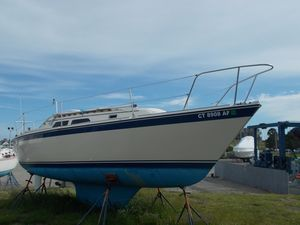Used O'day 28 Racer and Cruiser Sailboat For Sale