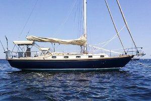 Used Robinhood 36 Cruiser Sailboat For Sale