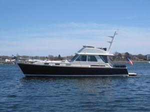 New Sabre 54 Flybridge Sedan Downeast Fishing Boat For Sale