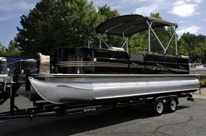 Used Bentley 253 Eilte Lounger Pontoon Boat For Sale