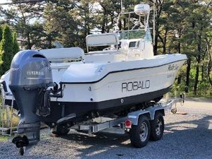 Used Robalo 2220 CC With 2014 Yamaha Center Console Fishing Boat For Sale