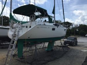 Used Beneteau Oceanis 351 Cruiser Sailboat For Sale