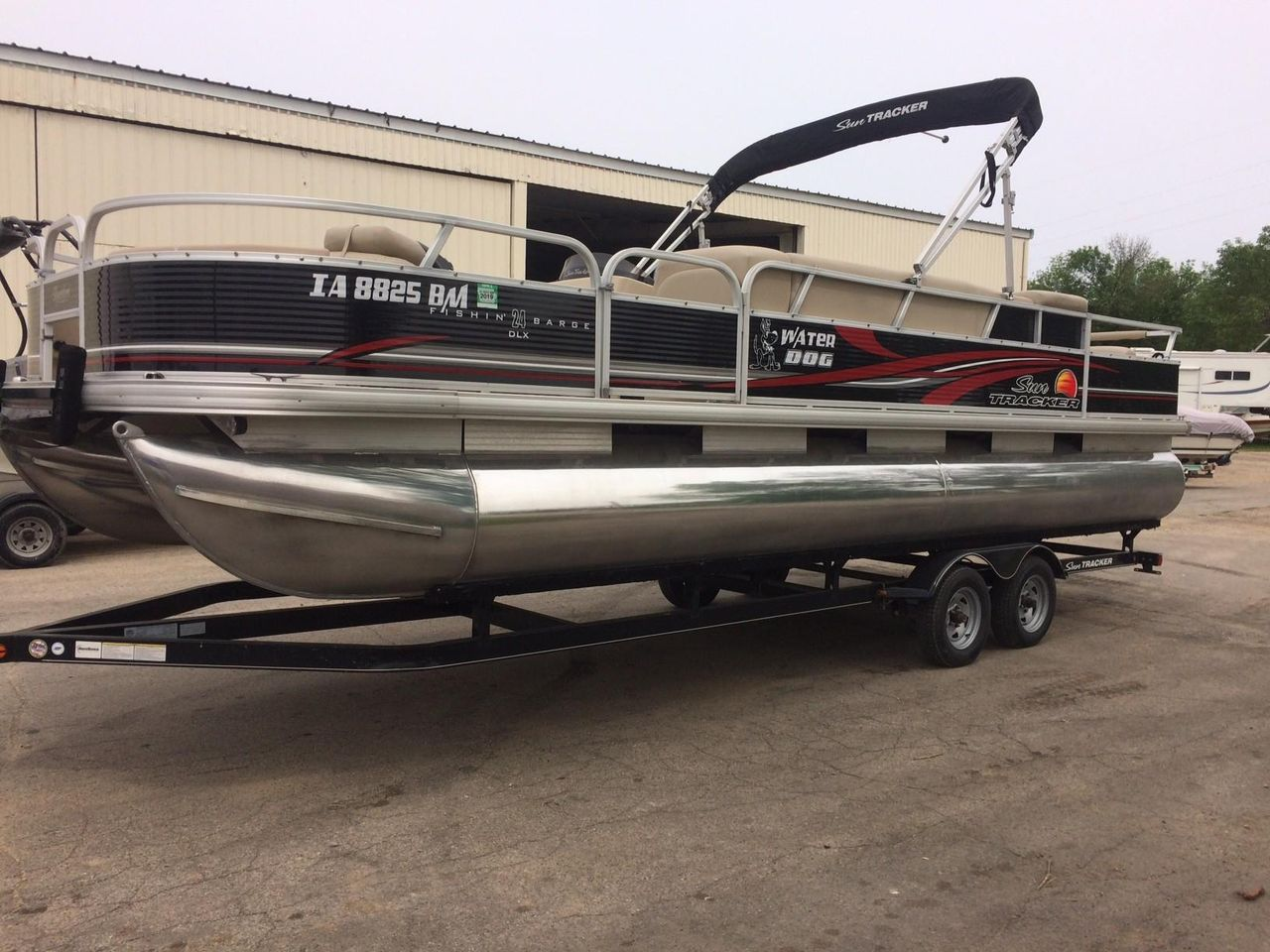 2013 Used Sun Tracker 240 Party Barge Pontoon Boat For Sale
