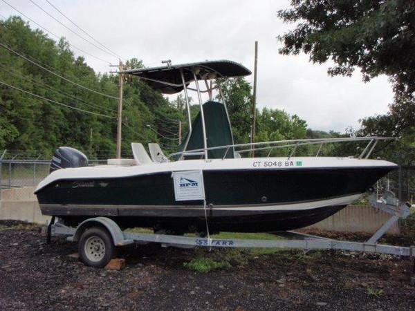 Used Seaswirl Striper 1851 Center Console OB Freshwater Fishing Boat For Sale