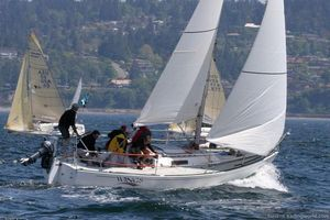 Used J Boats J/29 Daysailer Sailboat For Sale
