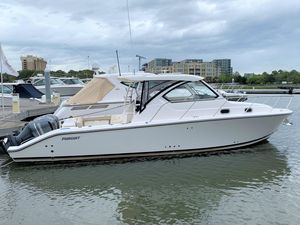 Used Pursuit 325 OS Sports Cruiser Boat For Sale