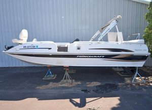 Used Princecraft Ventura 222 LS Freshwater Fishing Boat For Sale