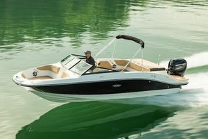 New Sea Ray SPX 210 OB Bowrider Boat For Sale