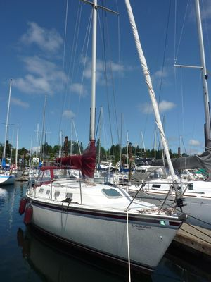 Used Laguna GT Cruiser Sailboat For Sale