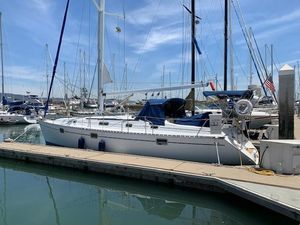 Used Beneteau 400 Motorsailer Sailboat For Sale