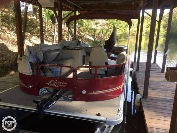 Used Bentley 240 Fish SE Pontoon Boat For Sale