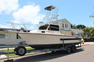 Used Parker 2320 Saltwater Fishing Boat For Sale
