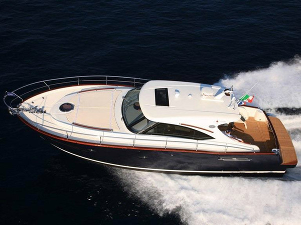 Used Austin Parker 42 Open Sports Cruiser Boat For Sale