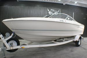 Used Bayliner Capri 2150 LX/BR Runabout Boat For Sale