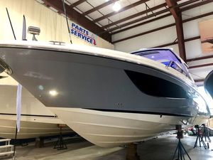 New Sea Ray SLX Series SLX 400 OB Bowrider Boat For Sale