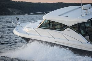 New Tiara Coupe Series 39 Coupe Motor Yacht For Sale
