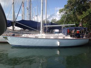Used Pearson 386 Cruiser Sailboat For Sale