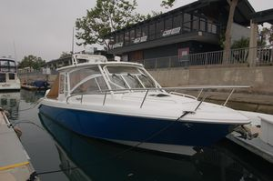 Used Everglades 360 LXC Express Cruiser Boat For Sale