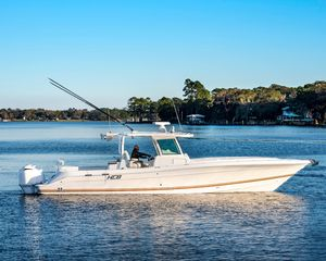 Used Hcb 39 Speciale Center Console Fishing Boat For Sale