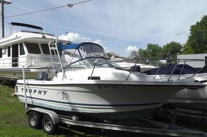 Used Bayliner 2002 Trophy Walkaround Dx/lx Center Console Fishing Boat For Sale