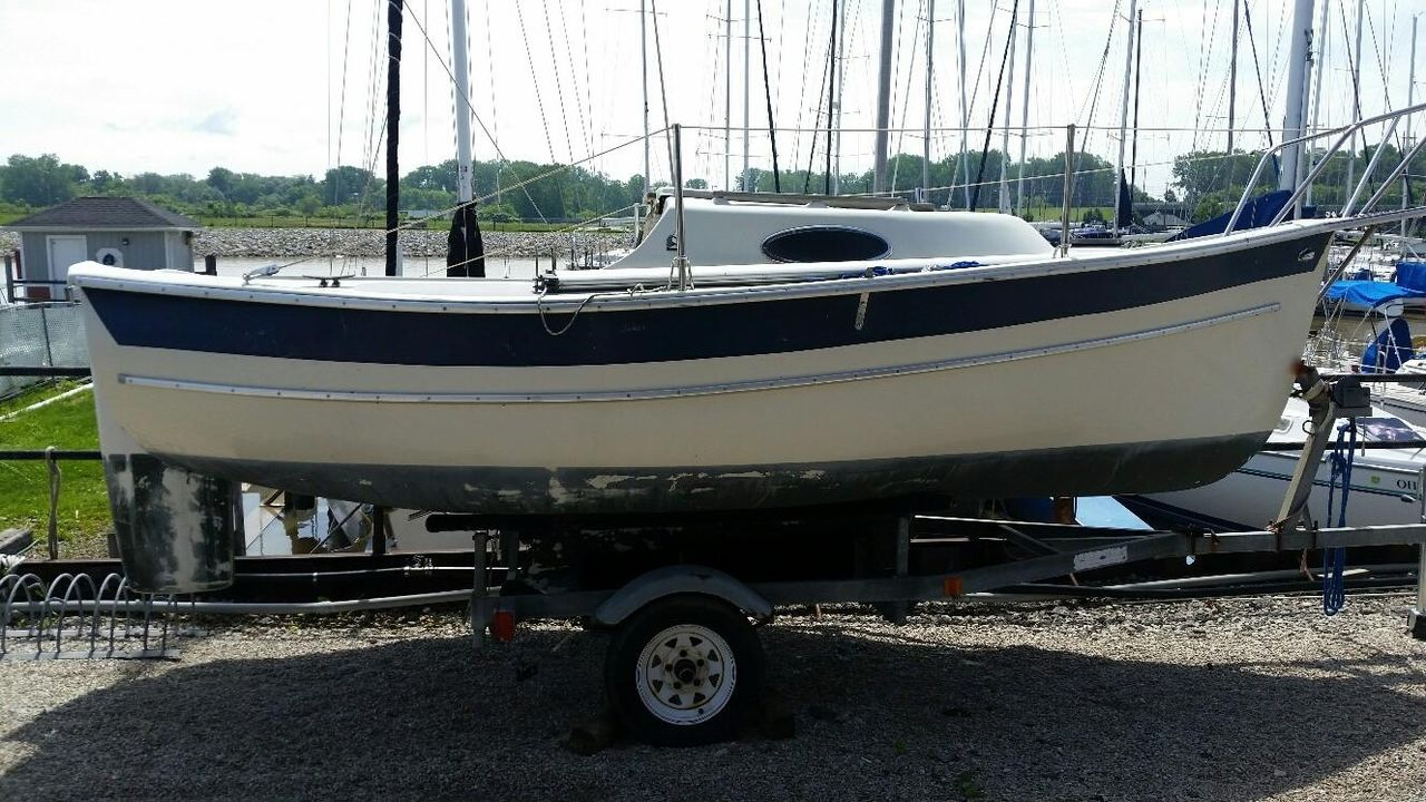 1991 Used Seaward 17 Daysailer Sailboat For Sale - $3,200