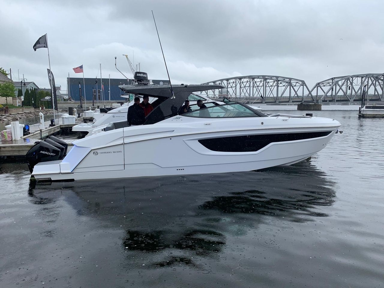2019 New Cruisers Yachts 38 Gls Bowrider Boat For Sale Fort