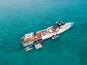 Used Shadow Motor Yacht For Sale